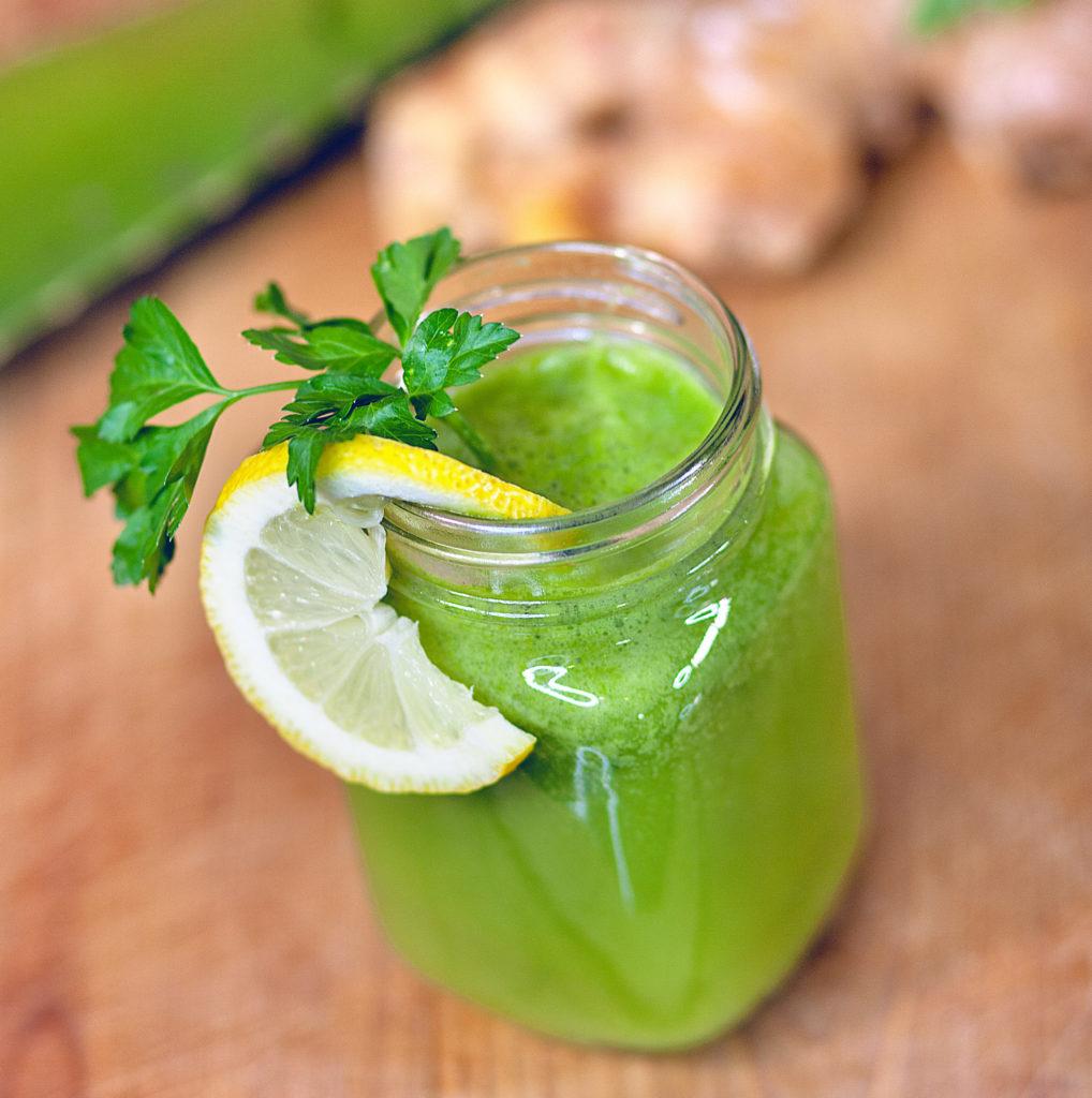 jugo verde quema grasa